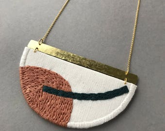 MAHLER - Linen, Thread and Gold Necklace - Tan and Indigo
