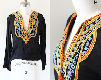 1970s embroidered cotton top // 1970s boho top // 1970s blouse