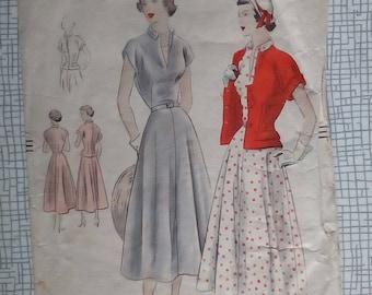 """1949 Dress & Jacket - 36"""" Bust - Vogue 6744 - Vintage Sewing Pattern"""