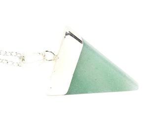 Green Gemstone Necklace, Aventurine Necklace, Aventurine Triangle, Aventurine Jewellery, Green Jewellery, Gift Idea, Triangle Gemstone
