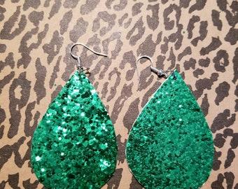 Green teardrop earring