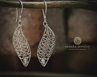 Balinese Organic Nature Earrings / Sterling Silver Fine Quality / Balinese Handmade Drop Earrings / Leaf Silver Earrings