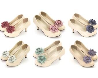 Genuine LEATHER shoe clips, flower SHOE CLIPS, rose shoe clips, floral pumps decoration, wedding shoe jewelry, handmade bridal shoe clips