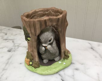 Woodland Squirrel in Tree Trunk Franklin Mint