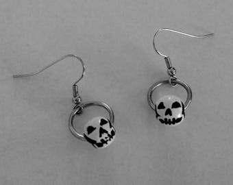 Gothic Halloween skull earrings