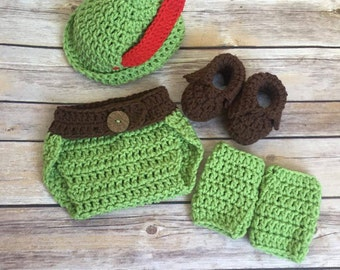 Peter Pan Hat Crochet Pattern, Instant Download, Robin Hood Hat Pattern, Peter Pan Booties Pattern, Peter Pan Costume 0-6 months 6-12 months