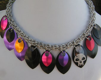 scalemail necklace with etched skull design