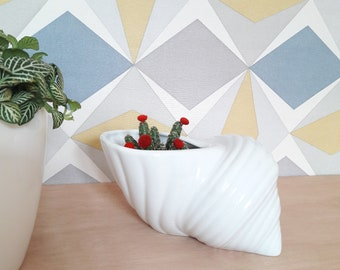 French Vintage shell planter ceramic planter white/french vintage ceramic mask jar in shell