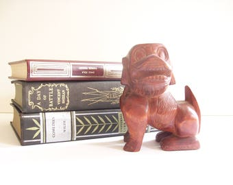 Vintage Foo Dog Figurine, Wooden Statue, Chinoiserie Chic, Small Fu Dog, Asian Decor