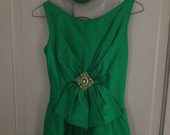 60's Emerald Gown FREE US SHIPPING