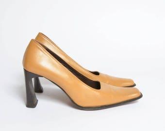 Vintage 90's Brown / Tan Chunky High Heel Shoes
