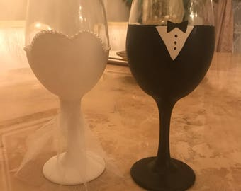 Wedding glasses for the bride and groom!