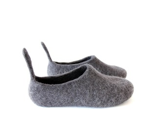 Cat Slippers - Womens Wool Shoes - Handmade Shoes - Organic Wool - Womens Shoes - Organic Slippers - Rubber Soles - Cat Lovers