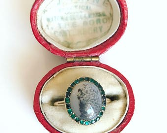 Georgian Agate Ring with Emerald Paste Surround