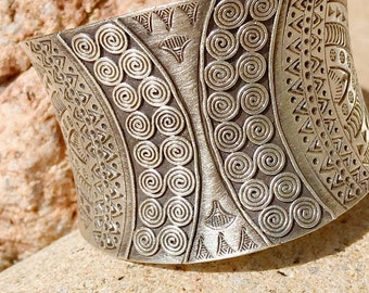 Sterling Silver Bohemian Berber woman Bangle Bracelet