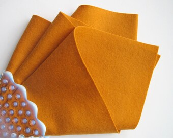 Pumpkin Wool Felt, Choose Size, 1mm Thick, 100% Merino, Pure Wool Fabric, Waldorf Handwork, Needlecraft, Applique, Quilters Wool, Nonwoven