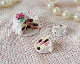 Miniature Birthday Cake - Polymer Clay Miniatures - Dollhouse Miniature - Dollhouse Food - Pink Roses - Birthday Cake