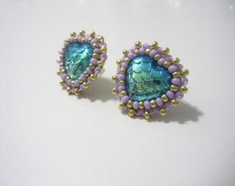 Beaded fish scale gem heart earrings
