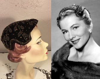 Ms Fontaine Glitters - Vintage 1950s Brown Velvet & Bronze Beads Caplet Hat