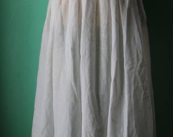 80s/90s Sheer White Cotton Floral Skirt