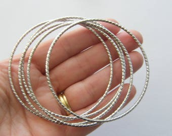 5 Stacking charm bracelet bangle 22cm pattern silver tone