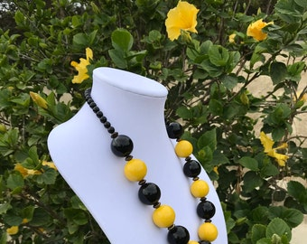 Vintage Bead Necklace // Artisan Ceramic Necklace // Black Yellow Silver Statement Bead Necklace // Vintage Handmade Artisan Necklace