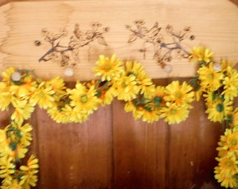 YELLOW DAISY CHAIN, Artificial Silk Daisies - Flower Crown, Silk Flowers, Artificial Flowers, Wedding, Flower Letters, Hair Accessories