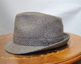 Vintage Brown Mens Hat .....