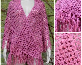 70s SOFT hand knitted raspberry red crochet shawl wrap tassel fringe S / M / L