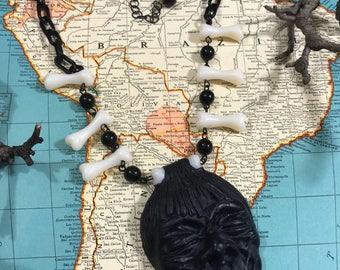 Vintage Style Witch Doctor Shrunken Head Tiki Head Hunter Necklace
