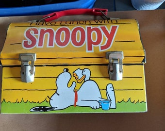 Very rare 1968 have lunch with snoopy lunch box and thermos.