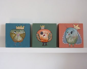 Two (!) beautiful, funny owl paintings on 3D wood(10 x 10 cm), per item