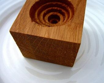 Coquetier chêne coupe - oeuf en bois porte - rustique oeuf - oeuf oeuf de Stand - bois récupéré - décoration rustique - cuisine rustique - petit déjeuner