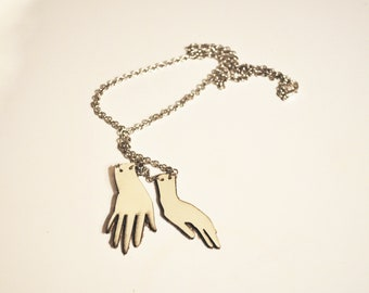 Hands necklace