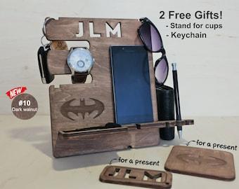 Unique 30th Birthday gift - Docking station, Batmam gift, Gift for him, dad birthday gift, Gift for men, Anniversary gift, iphone dock, men