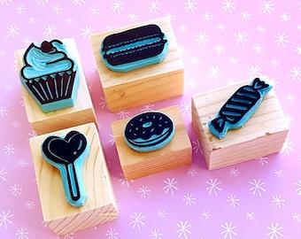 Sweet set of 5 handmade rubber stamps (lollipop, doughnut, cupcake, macaron) + FREE ink pad - stamping, scrapbooking, crafts, stationery