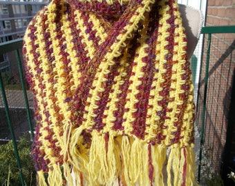 Handspun, crocheted, pure woolen scarf