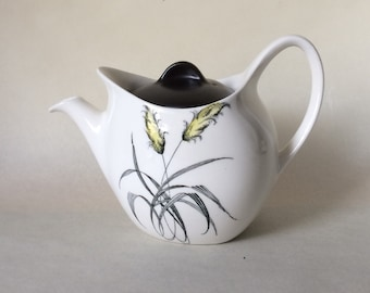 Midwinter Stylecraft Bali-Hai Teapot, Fashion Shape. 1.25 Pint.