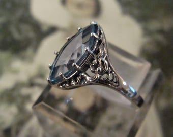 Charming Sterling Silver Marquis Natural Blue Topaz ring Size 7