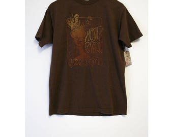 Vintage Monty Python And The Holy Grail Animated Brown T-shirt- Size Men's Medium (Cotton)