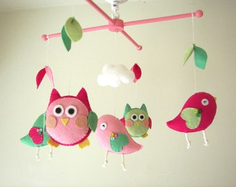 "Baby crib mobile, Bird mobile, Owl mobile, felt mobile, nursery mobile, baby mobile""Night Friends pink-green"""