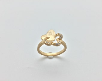 Heart and Clover Fashion Ring with Crystal Accent // Matte Gold Finish // Tarnish Resistant // Size 8.0