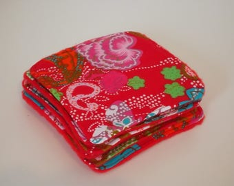 Washable fleece and multicolored floral cotton cloth red