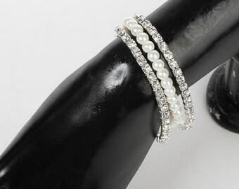 Corsage Bracelet - Sarina Flower Bracelet - Sugar