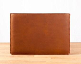 """11"""" MacBook Air - Leather Sleeve Case in Brown"""