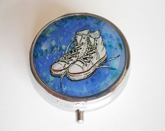 Pill box, Pill case, Cat pill box, Pill container, sneakers box, Sneakers pill box, Mint case, Pills, Box, Jewelry box