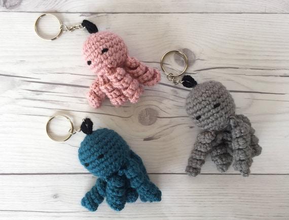 Crochet porte cl fait la main porte cl tricot - Porte cle crochet ...