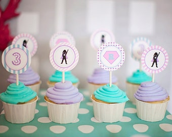 DIY Printable Party Circles - Girl Superhero Party