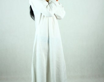 SALE! Early Medieval linen underdress gown in white, SIZE S/M, 100% linen. Viking costume, reconstruction.