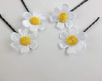 Floral Hair Pins Crochet Flower Hair Pin Daisy Hair Pin Flower Girl Hair Pin Boho Hair Pin Boho Wedding Hair Pin Floral Hair Accessories